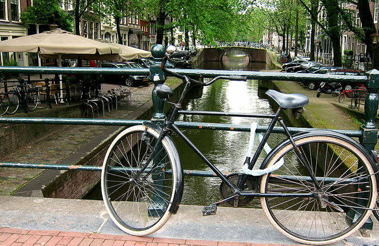bicycle at Amsterdam Canal