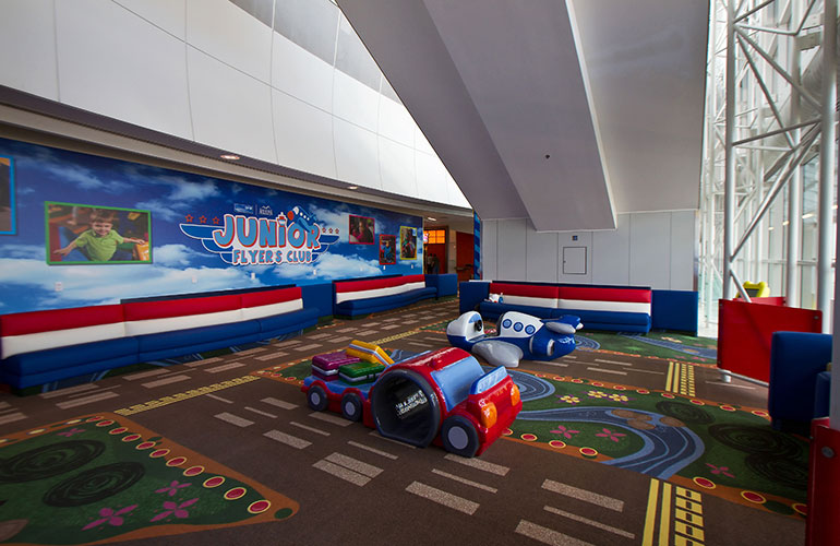 DFW Airport's Junior Flyers Club