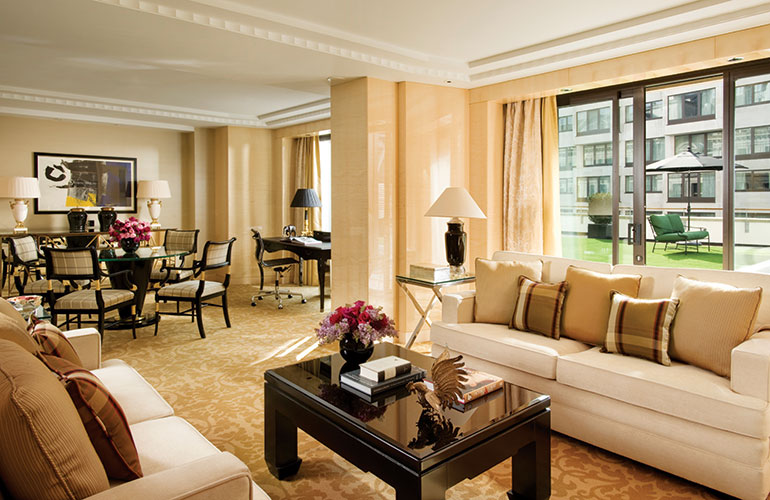 Four Seasons Hotel London at Park Lane Terrace Suite