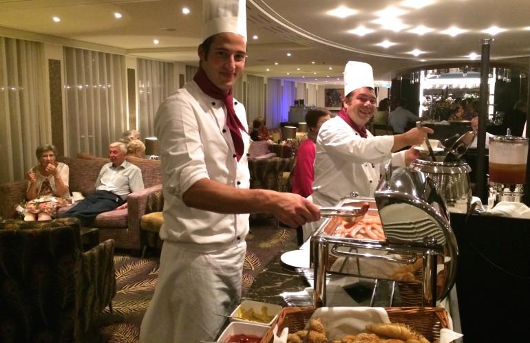 AmaSonata lounge chefs