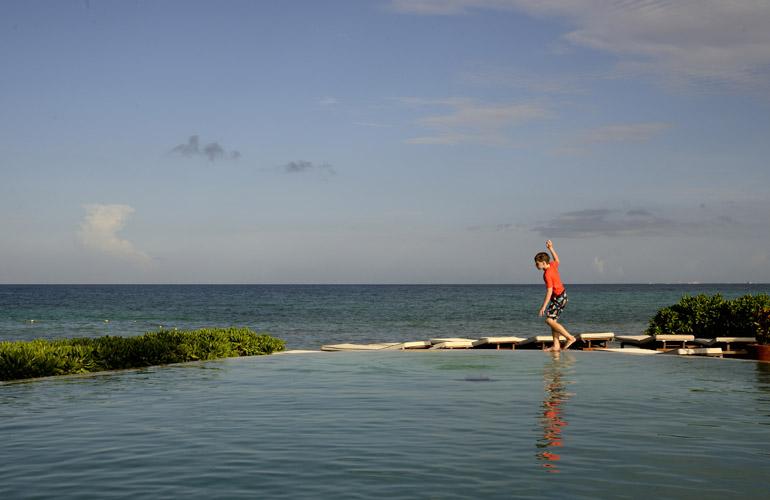 Rosewood Mayakoba Beach Club pool