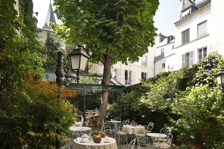 Wendy s favorite small hotels in paris for 2014 for Hotel jardins paris