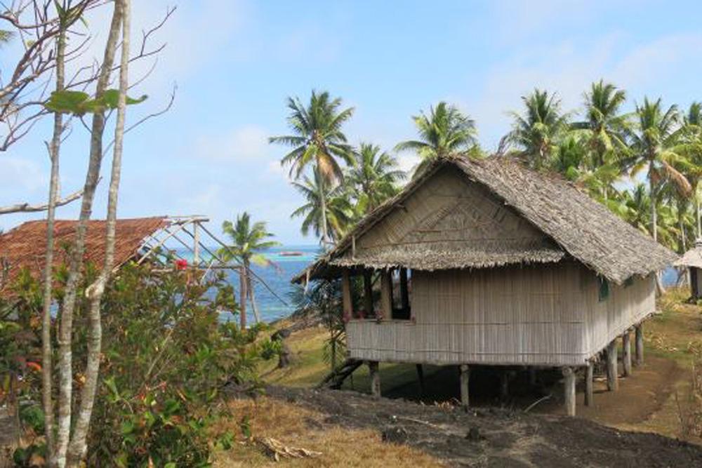 Komoa Beach guesthouse, Tufi, Papua New Guinea