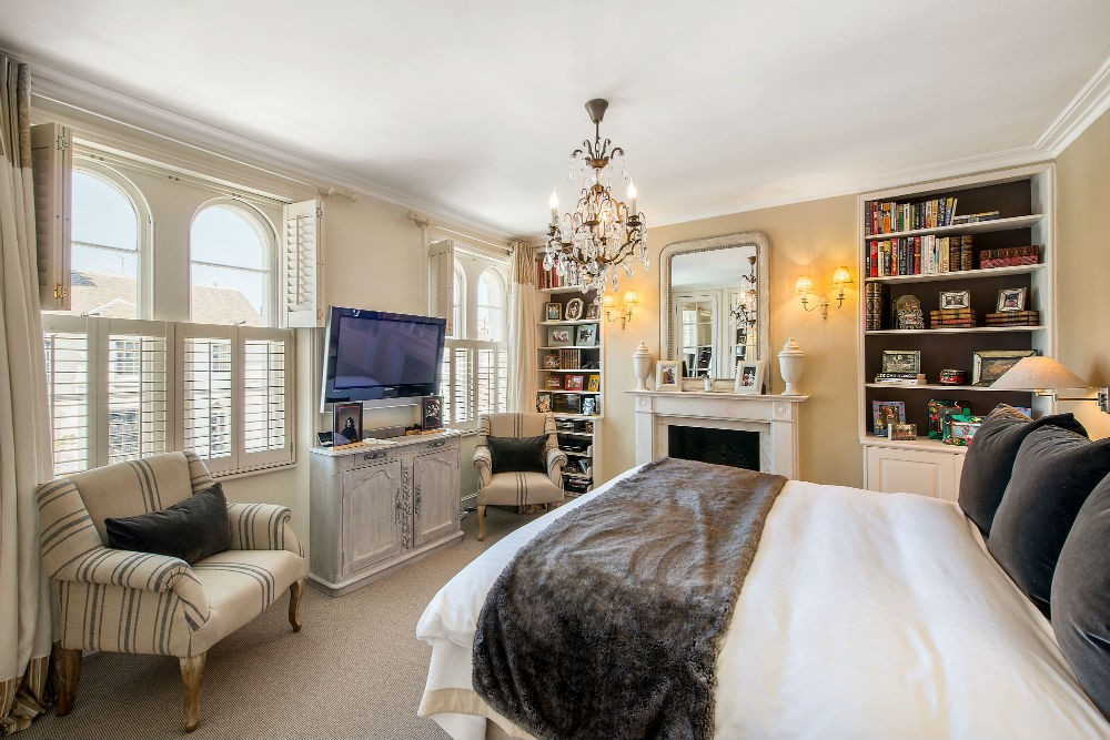 Master bedroom of The Victoria