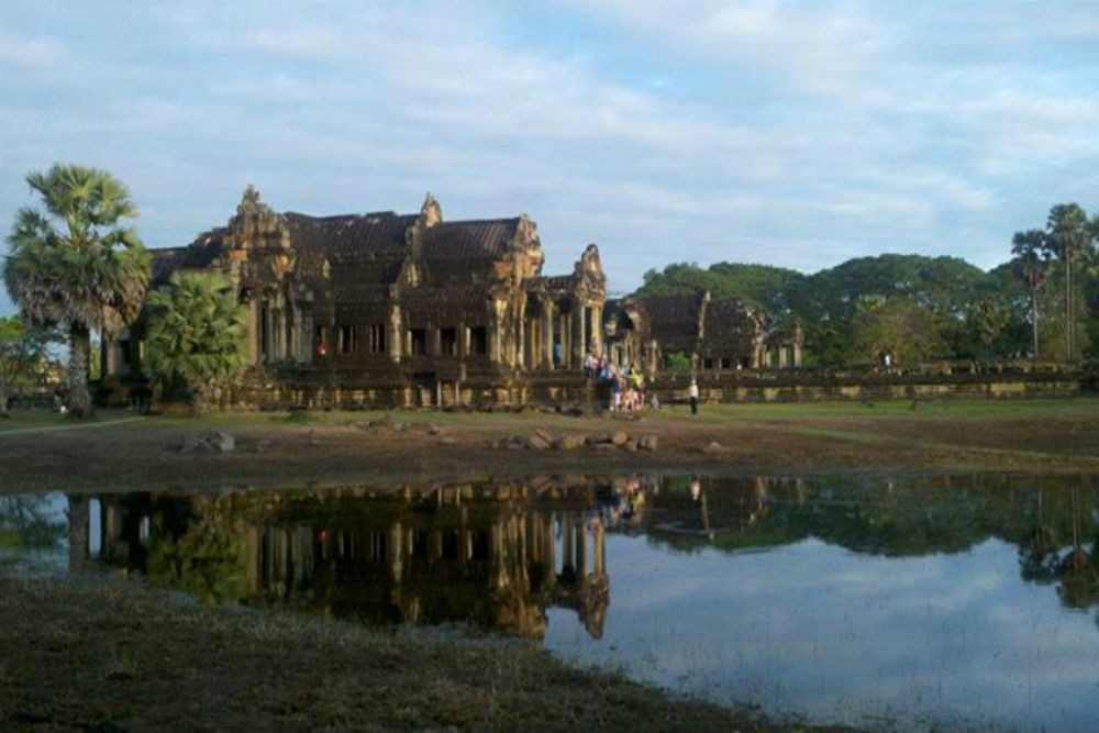 how to get to ankor wat cambodia