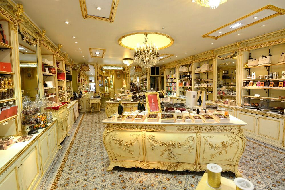 We checked out Maison Auer, the ultimate sweets shop in Nice's Old Town.