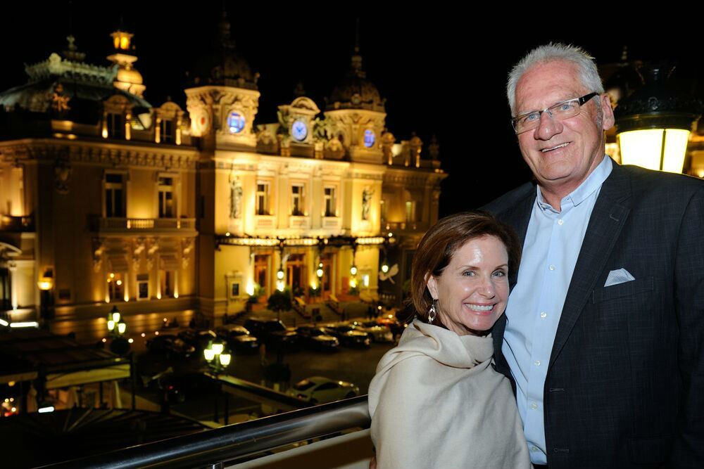 Fellow passengers posed for a photo with the Casino as the backdrop.