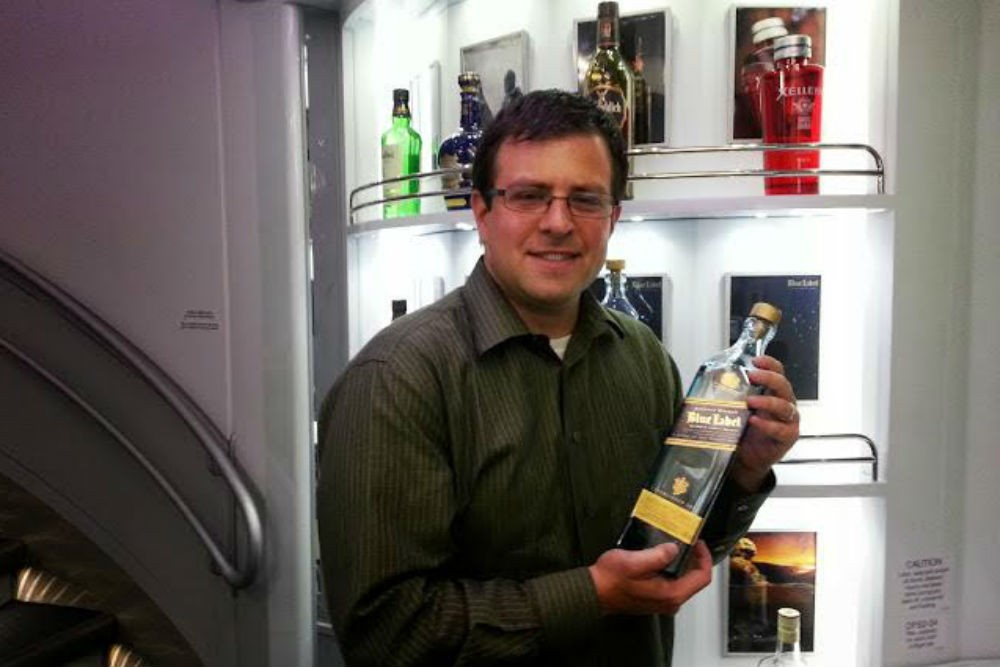 Brett finds a treasure in the duty-free shop onboard the Korean Air's A380.
