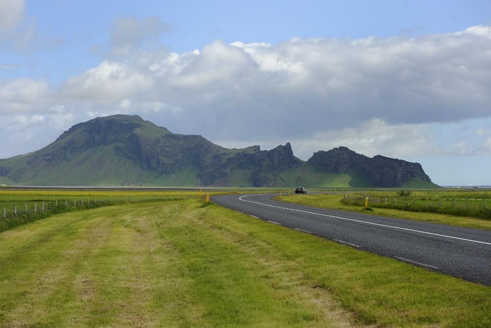 5 south coast highway 1 near Eyjafjallajokull D30_9266
