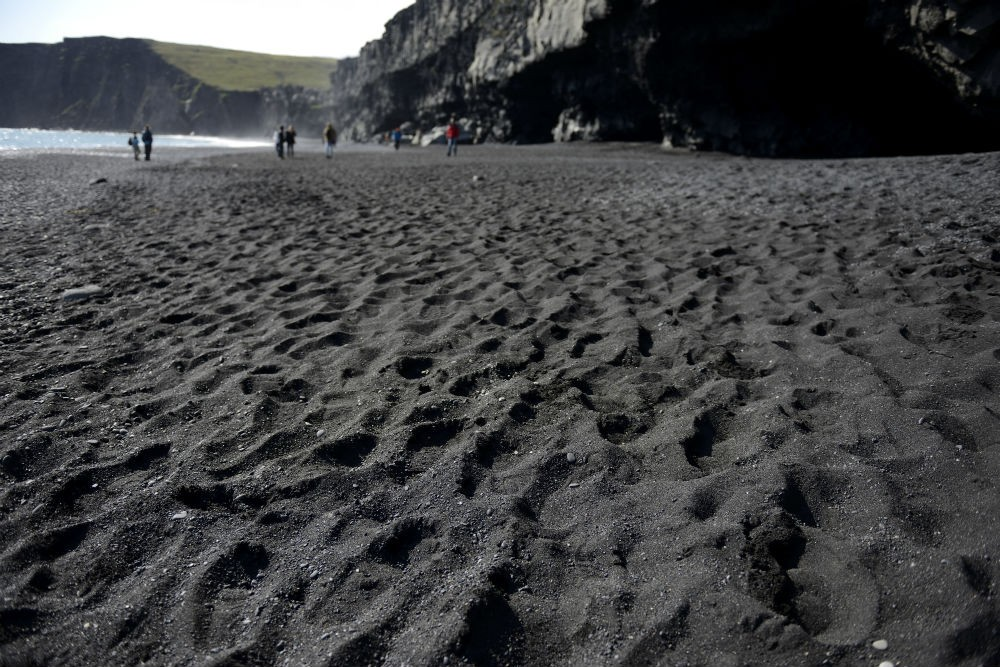 7 black sand beach DSC_6815