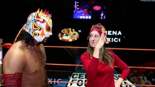 As part of her A Broad Abroad series, Paula got in the ring with Mexican wrestler Dragón Rojo Jr. Photo: Andrew Rothschild/Yahoo Travel