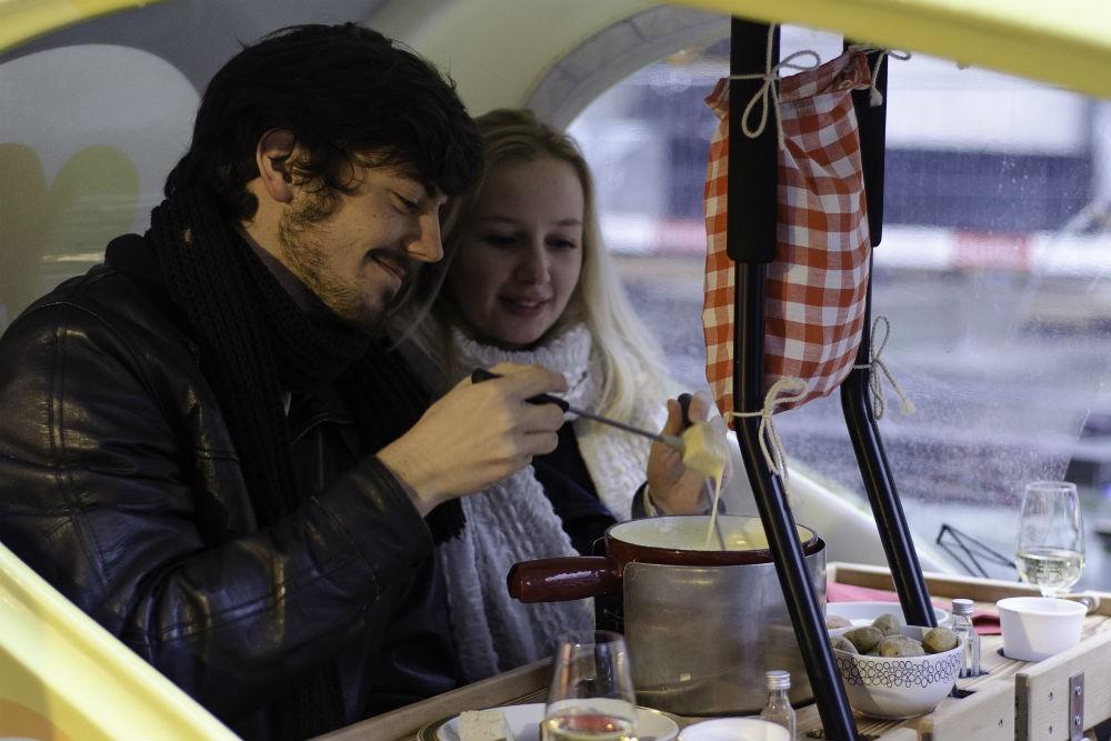 Fondükscha fondue tour in Switzerland