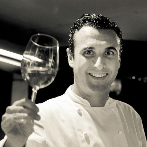 Chef-Damien-Villa-Mahana-Restaurant-Bora-Bora-CR-Damien-Rinaldi square
