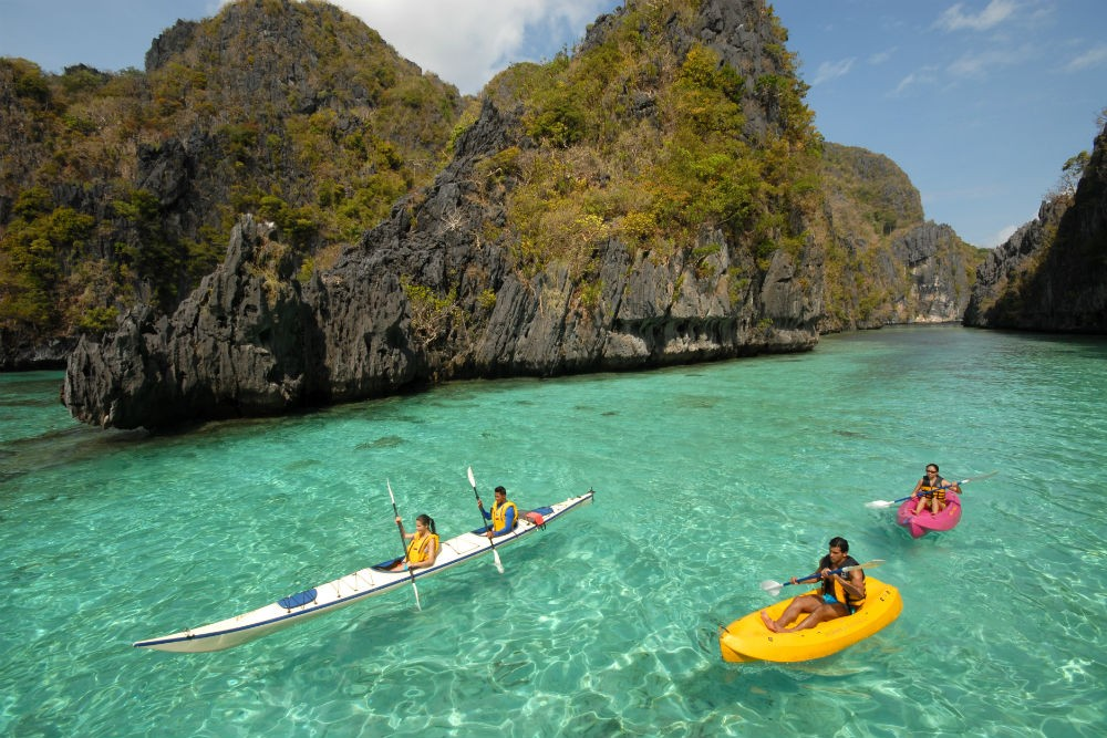 Kayaking El Nido Palawan Philippines CR Global Nomad