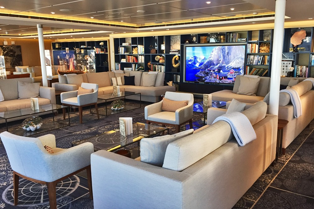 Explorers Lounge on Viking Star cruise ship