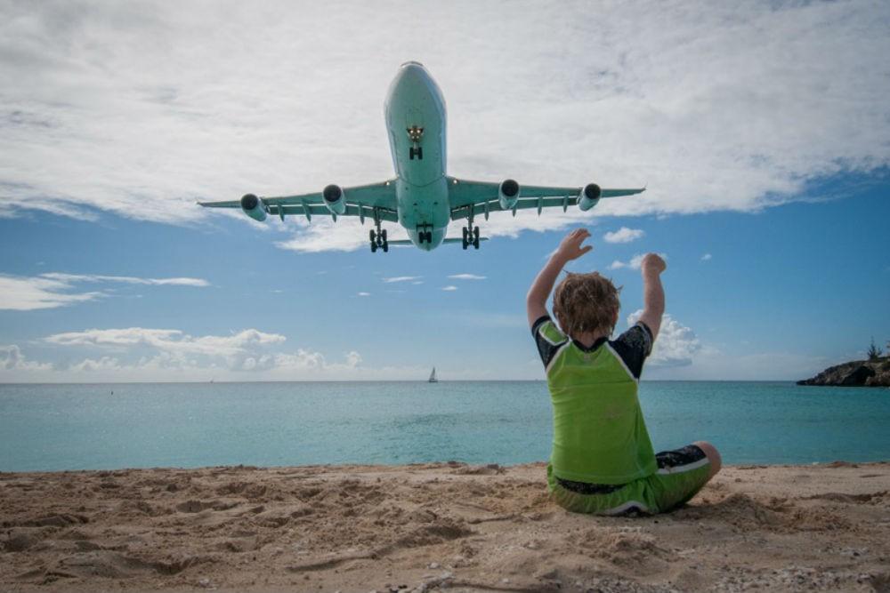 doug sint maarten airplane landing