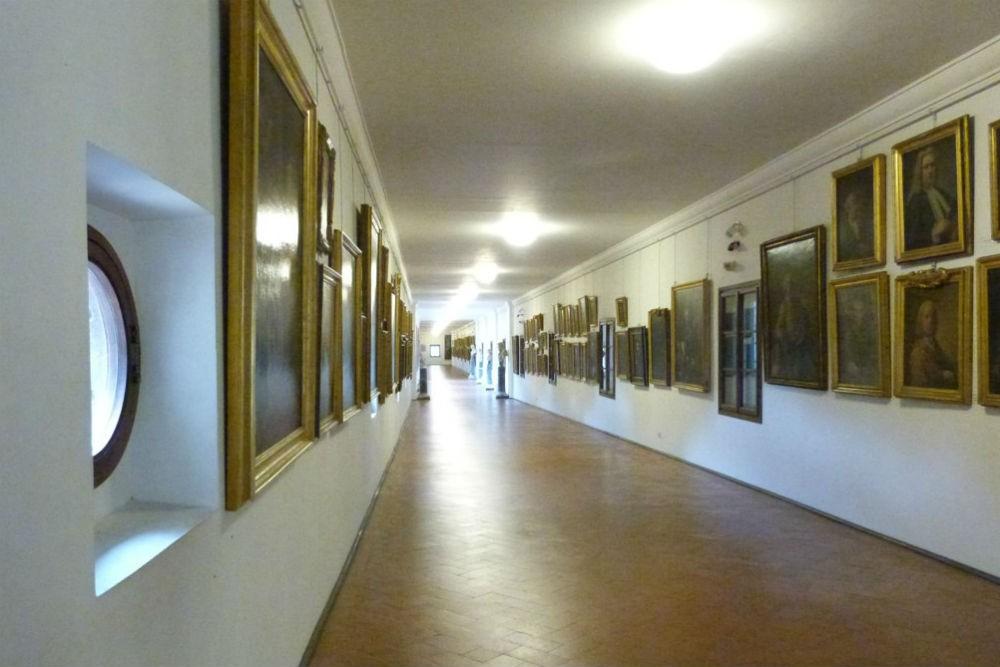 Vasari Corridor florence italy by lloyd alter