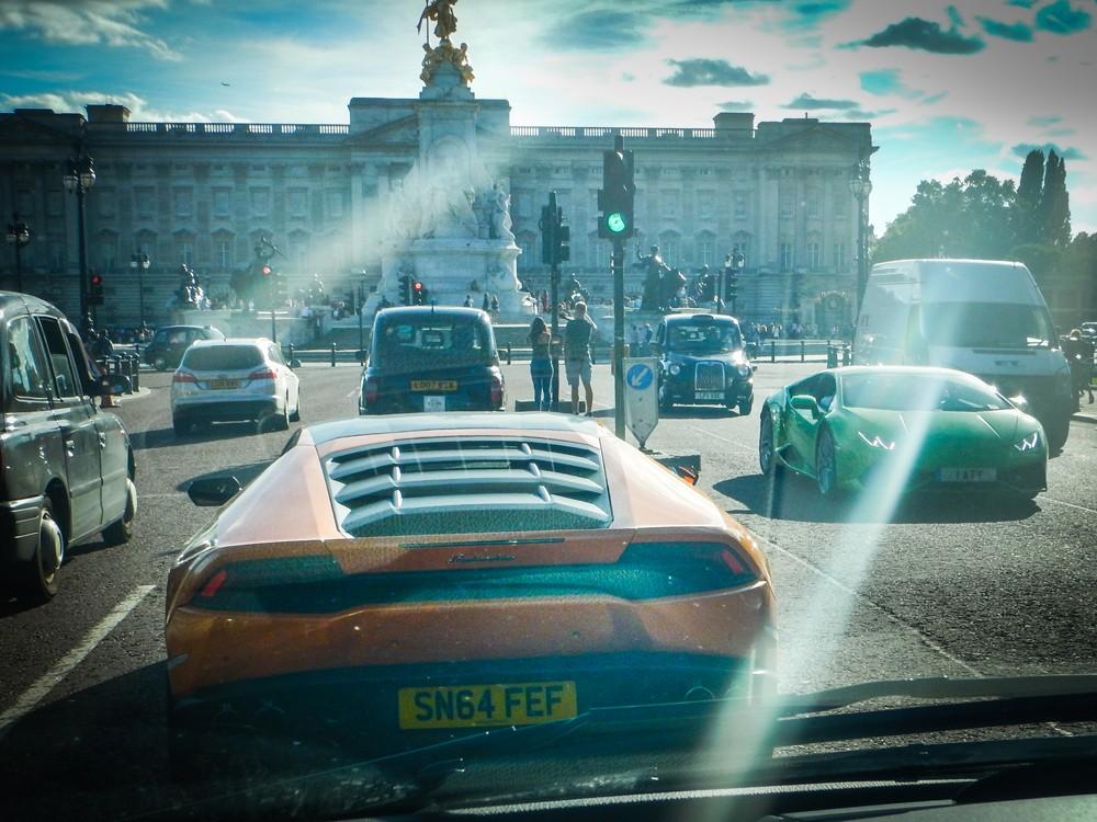 Lamborghinis, Buckingham Palace
