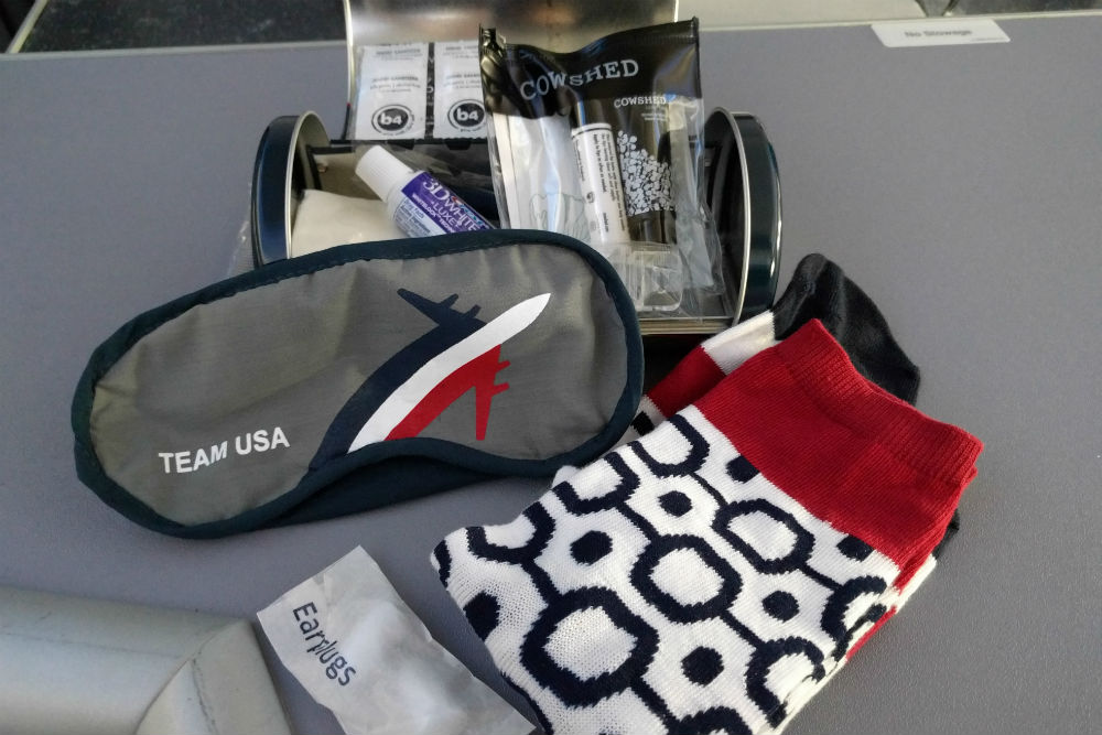 United 787 amenities kit