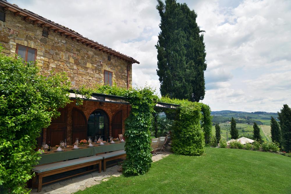 Dining Pergola Ca di Pesa Italy villa