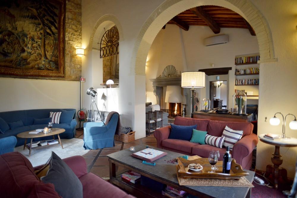 interior view Ca di Pesa Italy villa