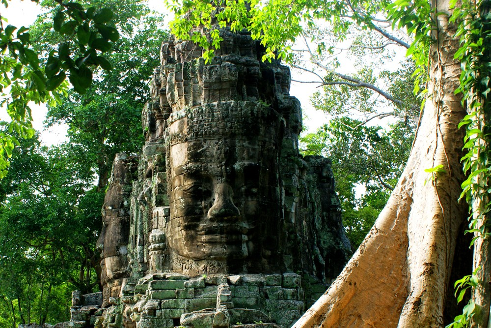 Victory Gate of Angkor Thom, Siem Reap, Cambodia