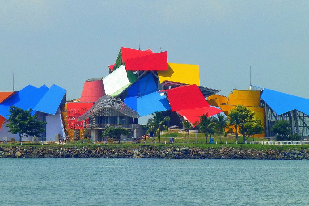 Frank Gehry Biodiversity Museum located in Panama city. Photo: Latin Excursions