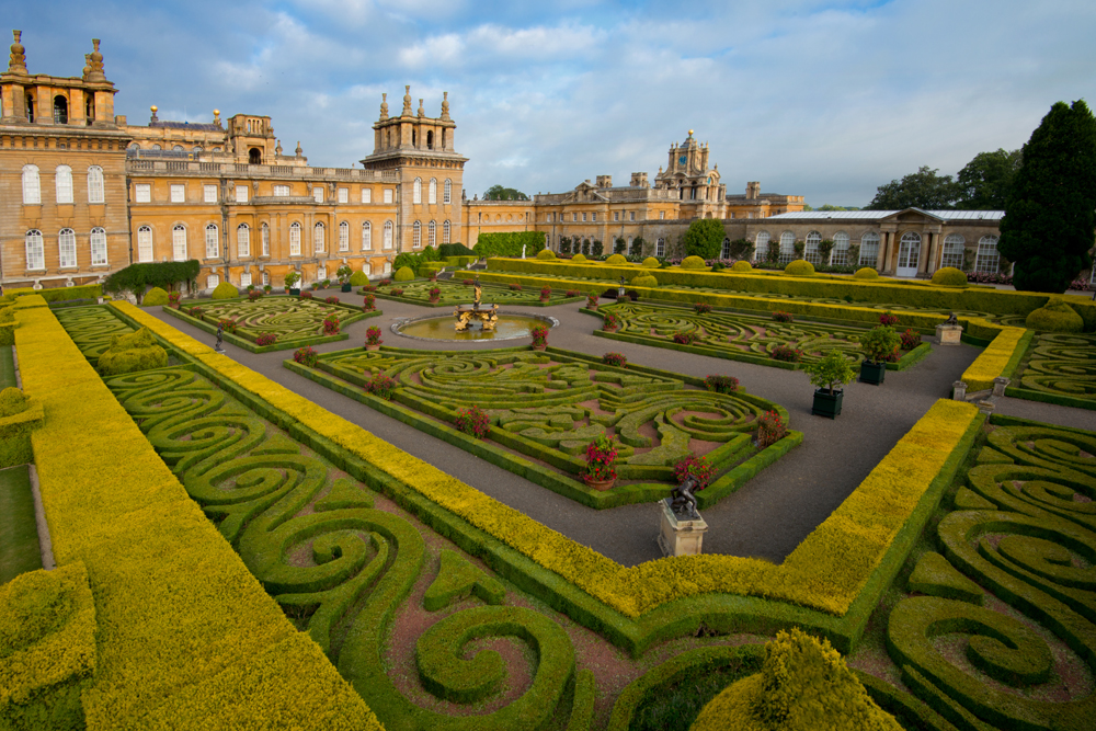 The Italian Garden at Blenheim Palace, Woodstock, Oxfordshire. Park land designed by Capability Brown.