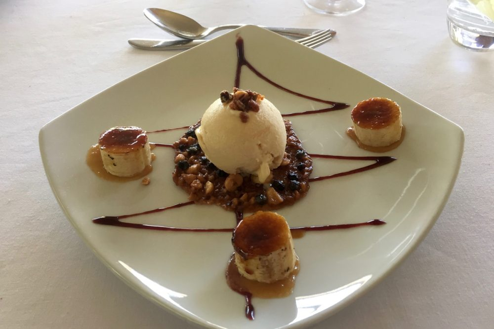 Dessert: Marula ice cream with a Mongongo nut cookie