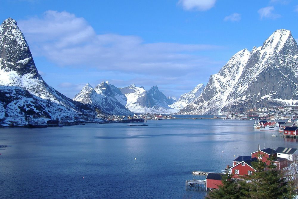 The Reinefjord in Lofoten. Photo: Andrea Giubelli - Visitnorway.com