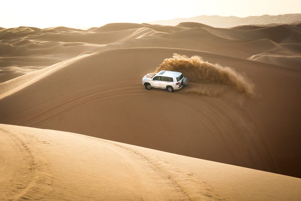 Abu Dhabi Qasr al Sarab dune bashing