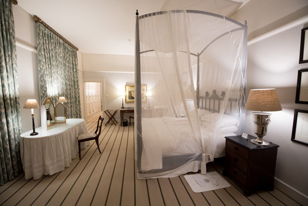 Victoria Falls Hotel presidential suite2