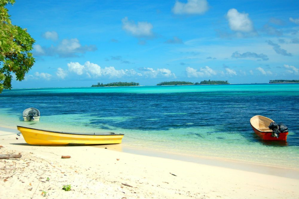 boats on the beach in French Polynesia