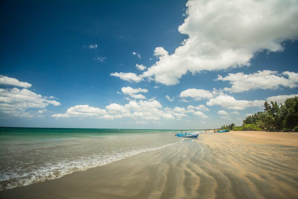 beach at Nilaveli, Trincomalee Sri Lanka shutterstock