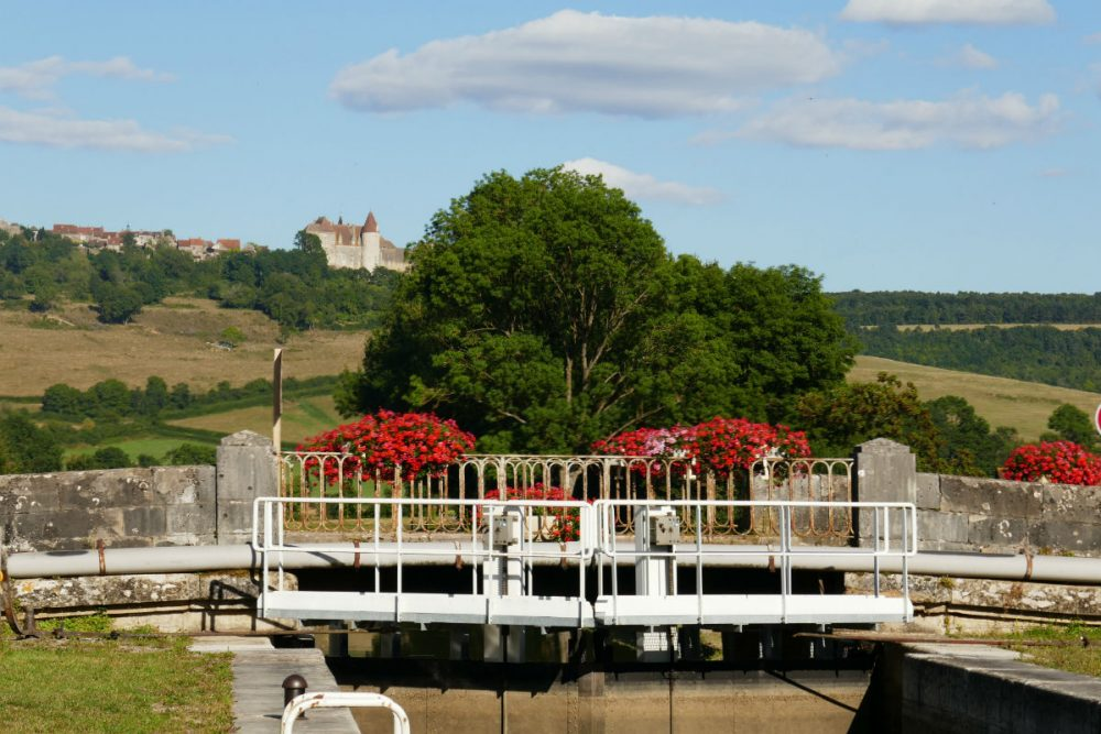 burgundy lock barge cruise France CR Kelly Weiss Barge Lady Cruises
