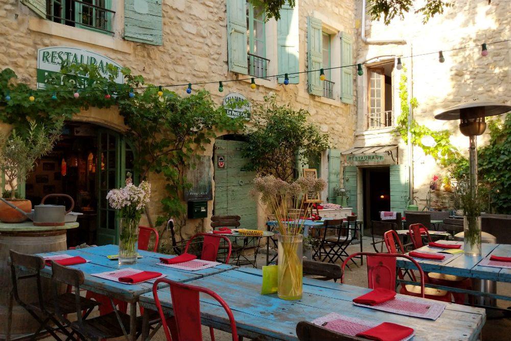 Le Petit Bouchon restaurant in Oppede le Vieux, Provence France