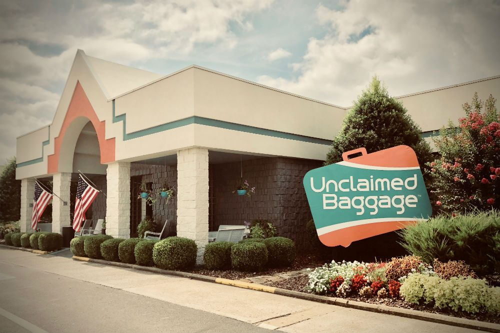 Unclaimed Baggage Center store exterior