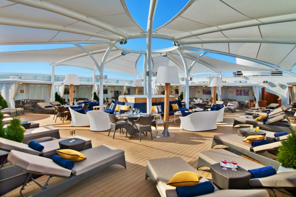 The Retreat lounge area on the Seabourn Ovation cruise ship