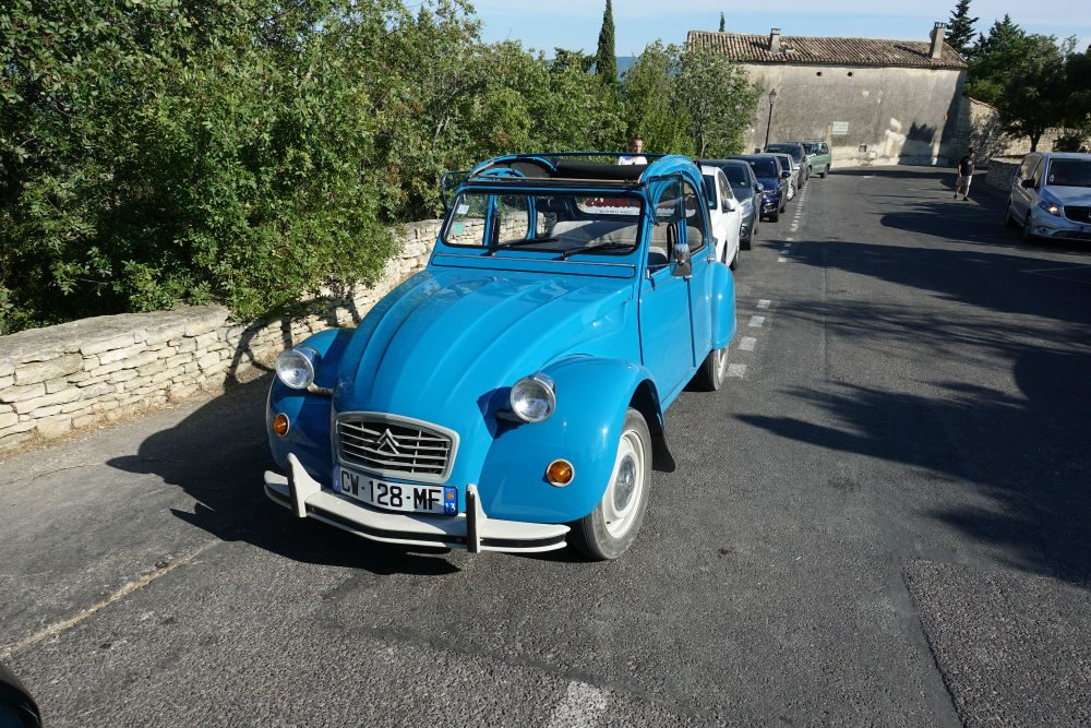 blue classic Citroën 2CV car in Provence France