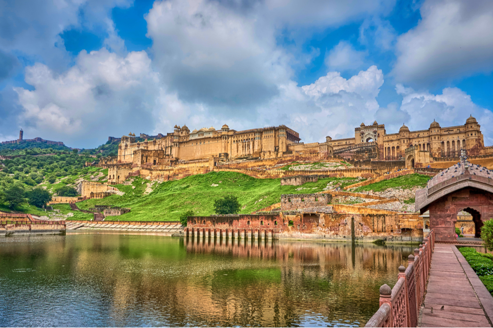 amber palace in Jaipur Rajasthan india overlooking water