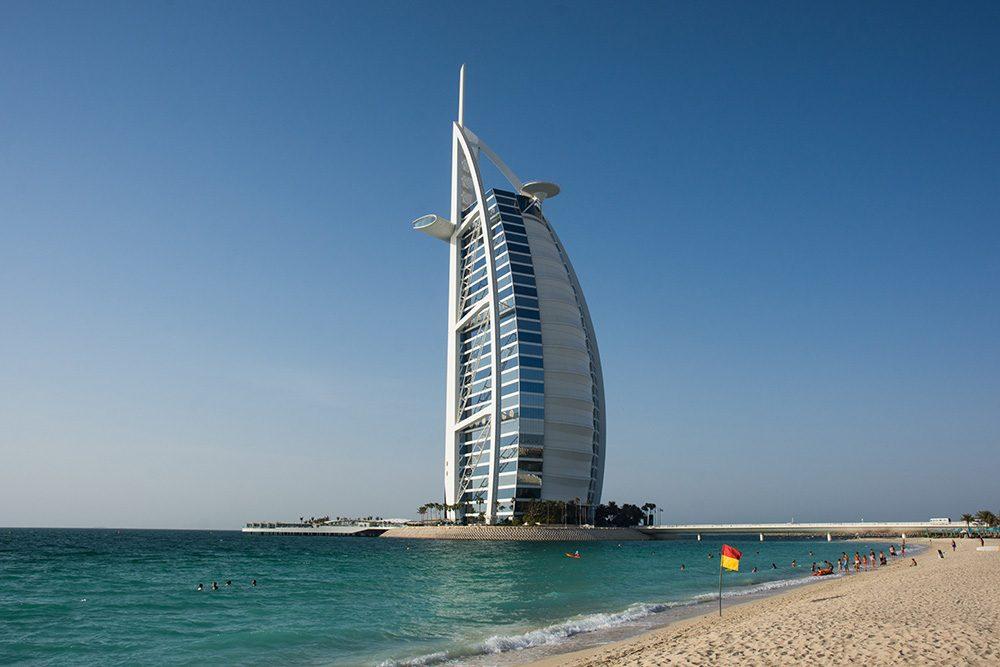 Burj al Arab in Dubai with ocean in front