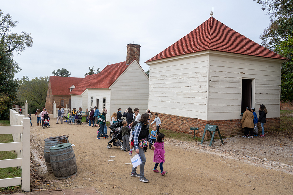 homeschool day with kids Mount Vernon, George Washington's home in Virginia.