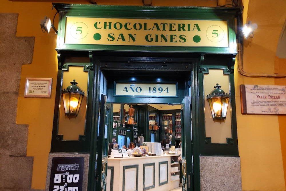 front door to San Gines chocolate shop in Madrid